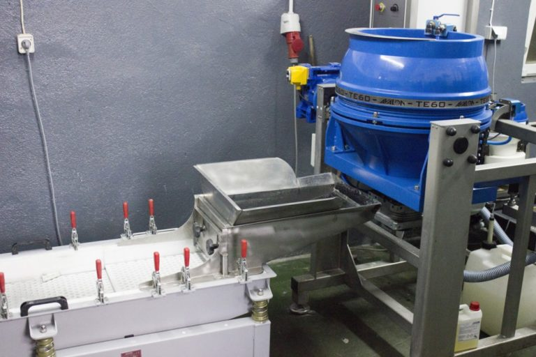 Purchase of a new device for abrasive grinding